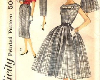 Simplicity 2406 Full Skirt or Sheath Dress with Bateau Neckline CROPPED JACKET 1950s Bust 32 ©1957