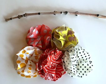 fabric scrap fall flowers, fabric flower embellishments, fall fabric scrapbook flowers, fabric flower supply, fall polka dot fabric flowers