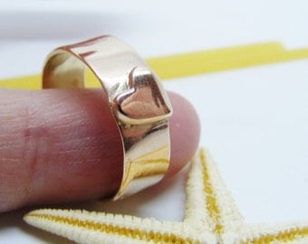 Solid rose gold heart ring, Handmade rose gold band ring, size N, us size 6 1/2, heart jewelry