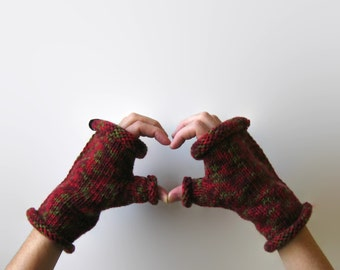 Variegated Red Wool Fingerless Gloves, Hand Knit Mittens, Womens Hand Warmers, Winter Accessories, Mitts, Ready to Ship, Gifts for Her