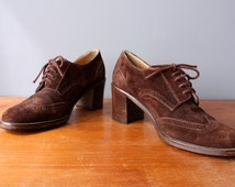vintage joan & david shoes 9.5 US, 39 / brown suede oxfords / chunky heel spectator shoes