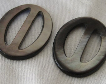 Lot of 2 VINTAGE Oval Iridescent Smokey Shell Slide Belt Buckles S11