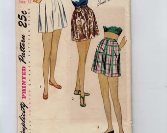 1950s Vintage Sewing Pattern Simplicity 2017 Misses Pleated Shorts Size 12 Bust 30 50s  UNCUT
