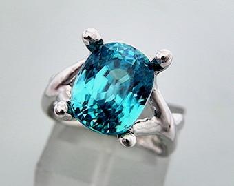 AAAAA Blue Zircon   11x9mm  8.52 Carats   14K White gold gold - ELKE- ring 0706