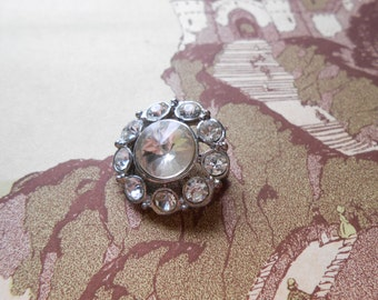 vintage round rhinestone brooch with rivoli stone - rhinestone pin costume jewelry