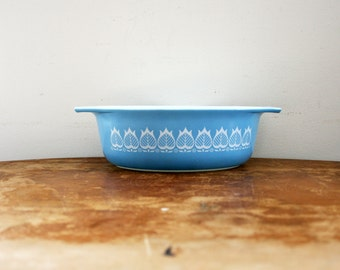 vintage 1950s Pyrex Blue Tulip Vintage 043 Casserole Dish 1 1/2 Qt