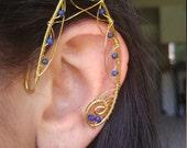 Le travail en laiton Elf oreille earcuff paire w / pierres d'onyx et de lapis lazuli et fils unique