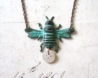 Verdigris Honey Bee - Lovely Bee and Vintage Mother of Pearl Button Handmade Copper Chain Necklace - Gift Box