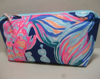 Lilly Pulitzer Pencil Case/Make Up Bag/Cosmetic Bag (Going Coastal) Sorority Gift/Gift for Her/ Bridesmaid Gift