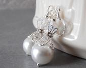 White Pearl Bride Earrings Medium Length Pearl Dangle Earrings Pearl Wedding Jewelry Sets Beaded Earings Bridesmaid Gift Bridal Jewelry