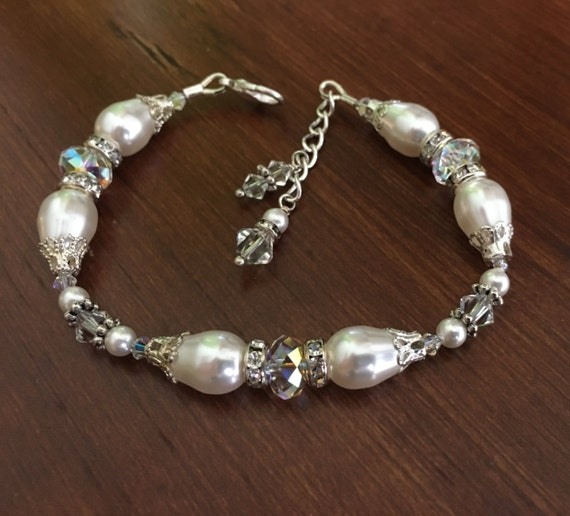 Bridal Bracelet, Pearl and Crystal Bracelet, Swarovski Elements Rhinestone and Pearl Bracelet