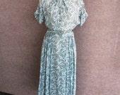 Vintage 40s 50s Dress Rayon Bemberg, Aqua Blue & Brown Crescent Print, Tie Neck, Short Sleeve, Full Skirt, Eve Carver Original, Bust 36
