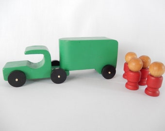 vintage wooden toy, green tractor trailer, plus 4 wooden play figurines, playtime, children, toys