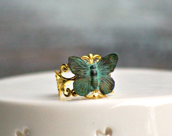 Butterfly Ring,Butterfly,Green Butterfly Ring,Insect Ring,Fairy Ring,Garden Wedding,Gold Ring,Steam Punk Insect Jewelry,Victorian Ring