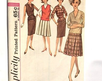 Vintage Simplicity Printed Pattern 4547 / Size 12 Bust 32 /