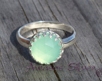 Beautiful Sea Green Chalcedony Sterling Silver Ring. Rose cut Sea Green Chalcedony set in sterling silver ring. Handcrafted fancy ring.