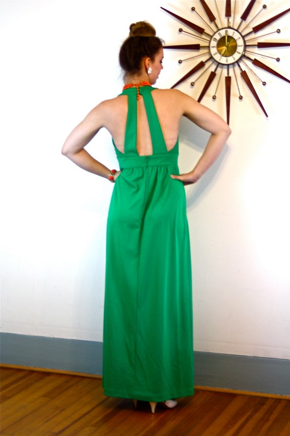 Vintage 70s Maxi Dress/ Bright Kelly Green Maxi/ V-Neck Keyhole/ Sexy Open Back/ Sleeveless Empire Waist/ A-Line Cut Long 1970s MAD Men Gown