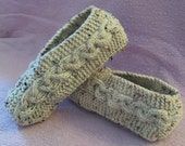 Cable Knit Slippers Tutorial - Knitting Pattern for Kindle, iPad, Kobo, Nook, Computer