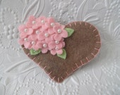 Perlen Filz Blume Herz rosa Perlen Blumen Brosche