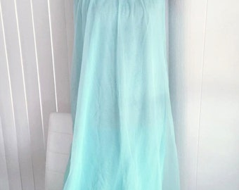 Pretty Vintage Light Turquoise Night Gown - Negligee -- Size M