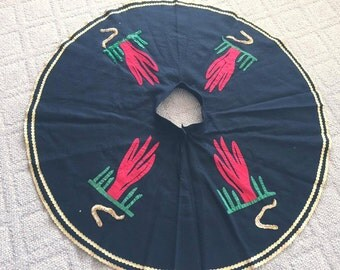 Sale Fantastic Vintage Felt Circle Skirt with Cactus Appliques -- Size S