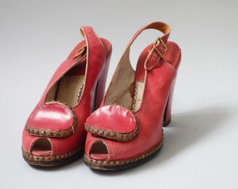 Studs red heels | 1940's by cubevintage | size 6.5us