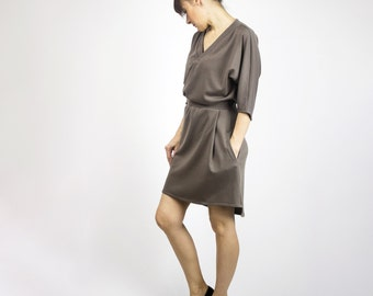 Victoria Comfy doubleknit dress - Kimono style dress Taupe or black / Sustainable fashion dress