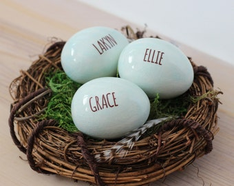 Personalized name eggs in nest, custom birds eggs, family nest ornament, gift for mothers
