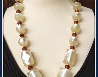 Vintage Moon Glow Necklace, Pastel Lemon, Chunky Style, Seasonal, Casual, Semi Formal, Long, 1970's