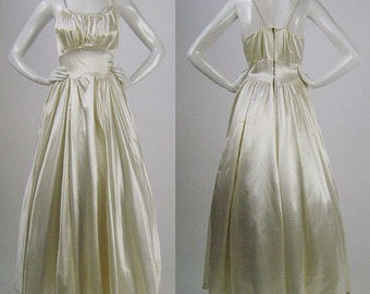 Vintage 40s Wedding Dress, Cream Candlelight Satin Bridal Gown, Full Skirt, Fitted Waist, Gathered Sleeveless Bodice, Braided Straps, W 26""