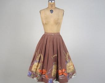 1950s amazing novelty print skirt • vintage 50s skirt • boarder print skirt