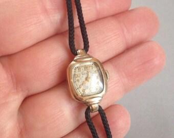1940s Gruen 10 K Gold Filled Ladies Watch