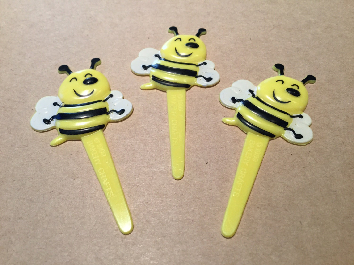 Bumble Bee Cupcake Toppers Cake Decorating Supplies