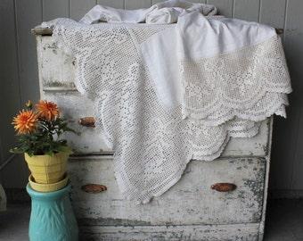Beautiful Antique Homespun Natural Linen Hemp and Crochet Bed Coverlet  - 90 x 80