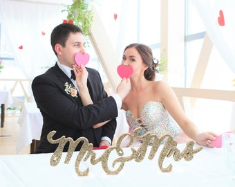 Mr and Mrs Wedding Sign for Wedding Sweetheart Table, Mr and Mrs Letters, Large Thick Mr & Mrs Sign Set (Item - TMK200)