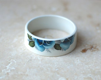 StayGoldMaryRose - Stunning vintage midnight rose pattern tea cup bracelet.