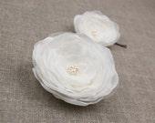 Wedding hair flowers, Bridal hair piece, Ivory flower hair pins includes 2 hair pins, Bridal hair accessories