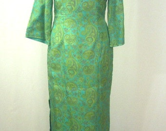 Asian Silk Gown Green Paisley Hostess Gown Hand Tailored Ladies S