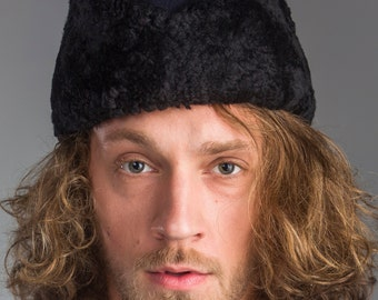 1950's Authentic MILITARY STYLE VINTAGE Swedish Navy Blue Sheepskin Winter Wool Trapper Ushanka Hat ( Un-Issued)
