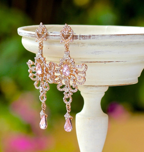 Gorgeous chandelier earrings in blush