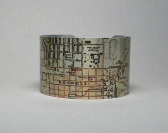 Roswell New Mexico Map Cuff Bracelet Unique Gift for Men or Women