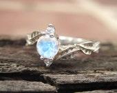 Moonstone Leaf Engagement Ring, Leaf Engagement Ring, Moonstone Leaf Ring, Leaves Ring, Natural Floral Engagement Ring, Moonstone ring
