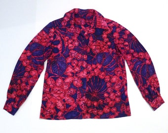 Batik Top Vintage Navy and Pink Blouse Psychedelic Tropical Shirt Floral Print with Leaves Medium 1970s Tiki Pool Party