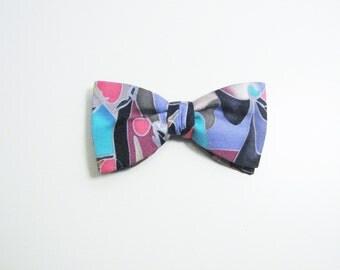 Wild Colorful Vintage Bow Tie