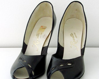 vintage 50s stilettos heels revette creation black peep toes cutouts