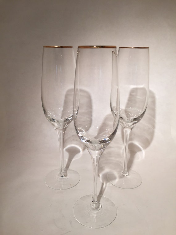 Gold rimmed crystal champagne flutes lenox set of 3 - Lenox gold rimmed wine glasses ...