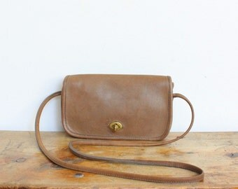 SALE Vintage Coach Purse // NYC Dinky Bag Putty Taupe Tan // Penny Handbag New York City