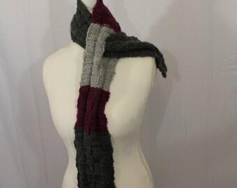 Gray and purple basketweave keyhole scarf