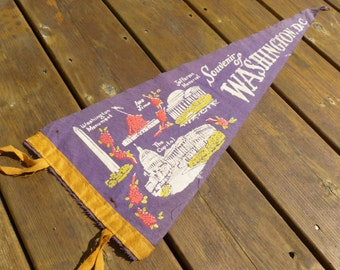 Washington D.C. Large Felt Pennant Monuments, Memorials and Landmarks