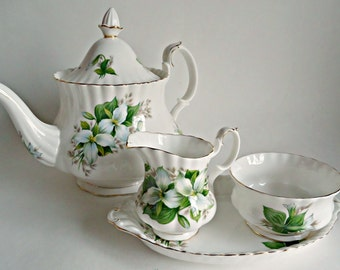 Royal Albert Teapot Cream and Sugar With Tray Trillium